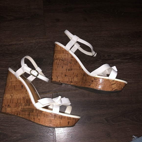 a.n.a Shoes - 5/$20 Ana wedges size 8.5